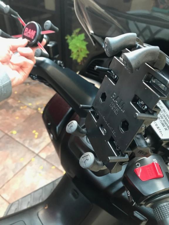 Fantastic RAM Phone Mount Grip10