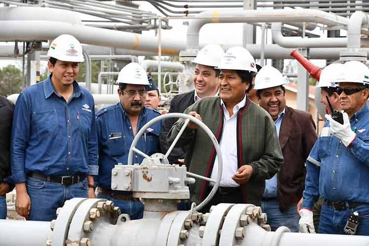 Bolivia... Negocio$ e inversione$, protestas, lucha de clases. - Página 2 10764010