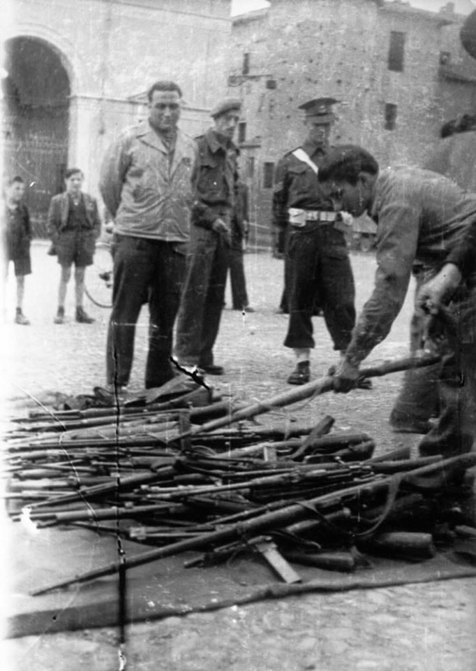 II Guerra Mundial. Capitalismo en acción, ejemplos.  [HistoriaC]  - Página 2 57576910