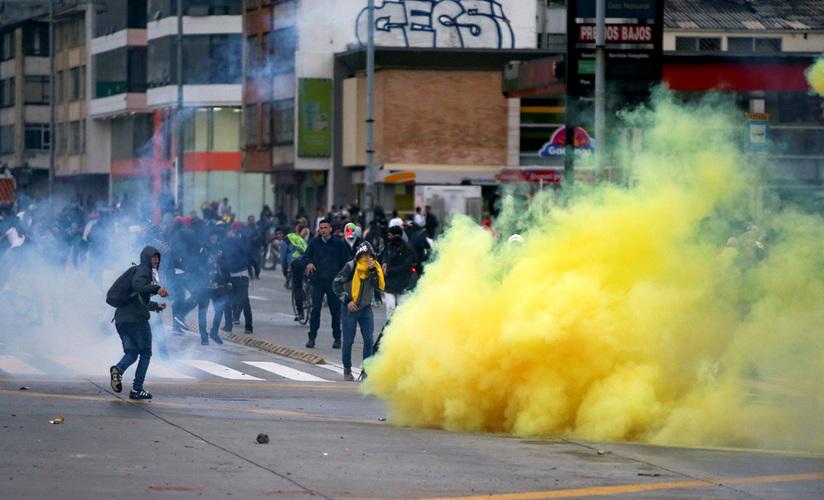 Colombia: represiones, terror, violaciones y esclavismo $. Propiedad agraria, Estado, FARC, ELN. Luchas de clases - Página 9 5dd7f010