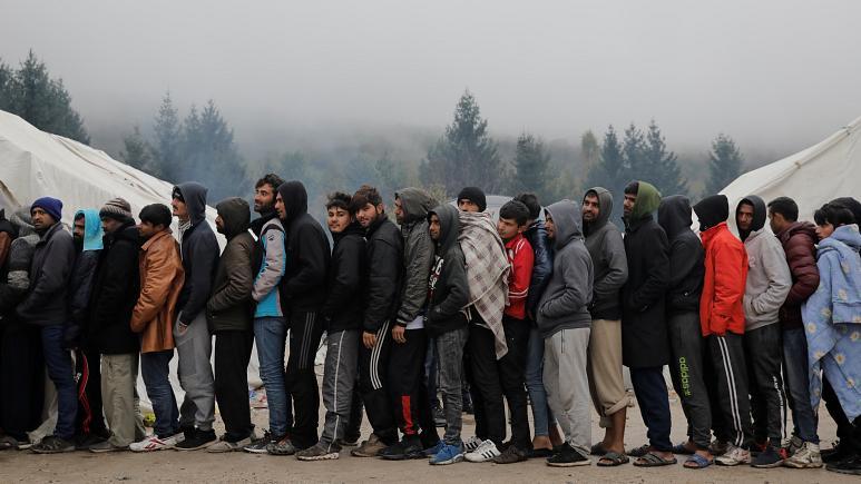 Bosnia. Más de 130 heridos en una oleada de protestas sociales  773x4310