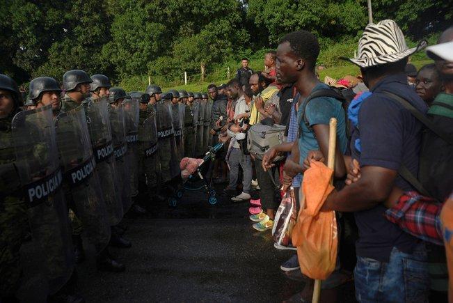 Marchas de migrantes  hacia  EEUU - Página 2 Carava10