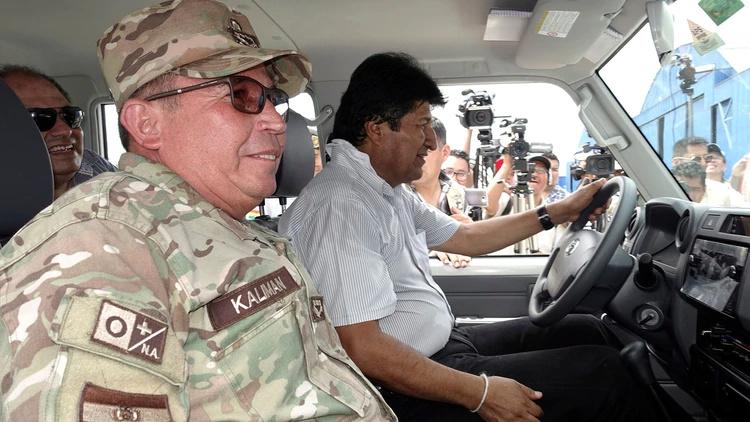 Bolivia... Negocio$ e inversione$, protestas, lucha de clases. - Página 4 Evao7b10