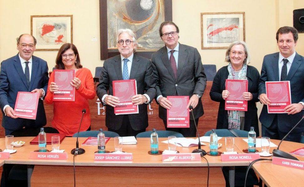 El laboratorio de ideas de la patronal catalana Foment defiende la necesidad de aumentar el salario mínimo y de estudiar algún tipo de renta mínima Foment10