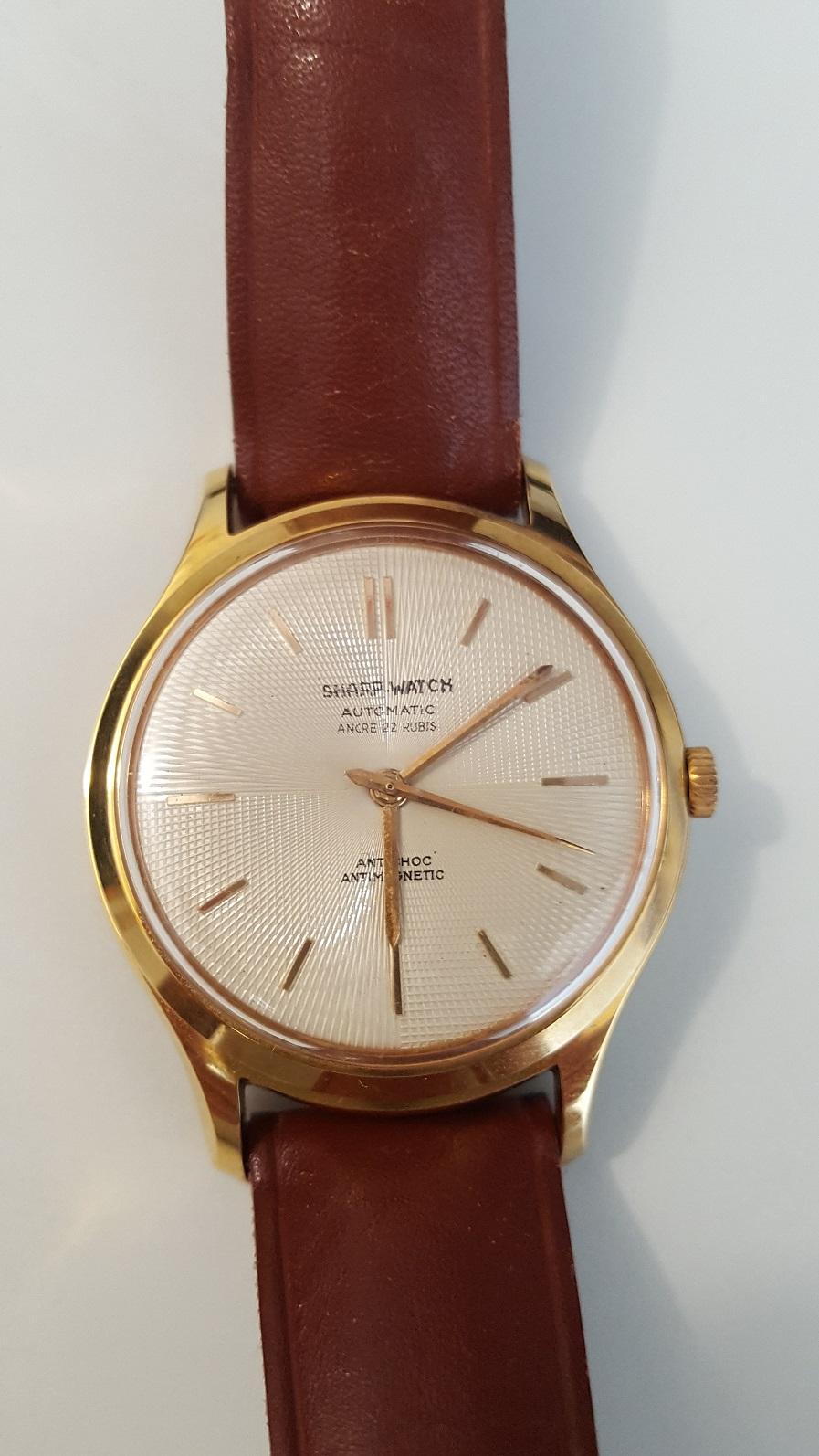 Eterna -  [Postez ICI les demandes d'IDENTIFICATION et RENSEIGNEMENTS de vos montres] - Page 43 Sharp110