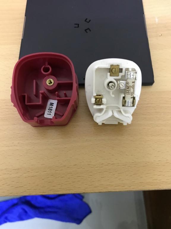 England MK13A hifi plug top 22bd8e10