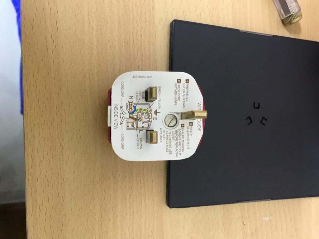 England MK13A hifi plug top 75b0a610