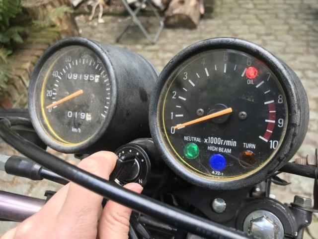 Clignotants ultra faibles.. mieux quand moteur allumé Voyant11