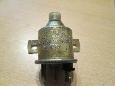 Tuyau BP reliant le bocal de liquide frein/embrayage au maître cylindre Merced11