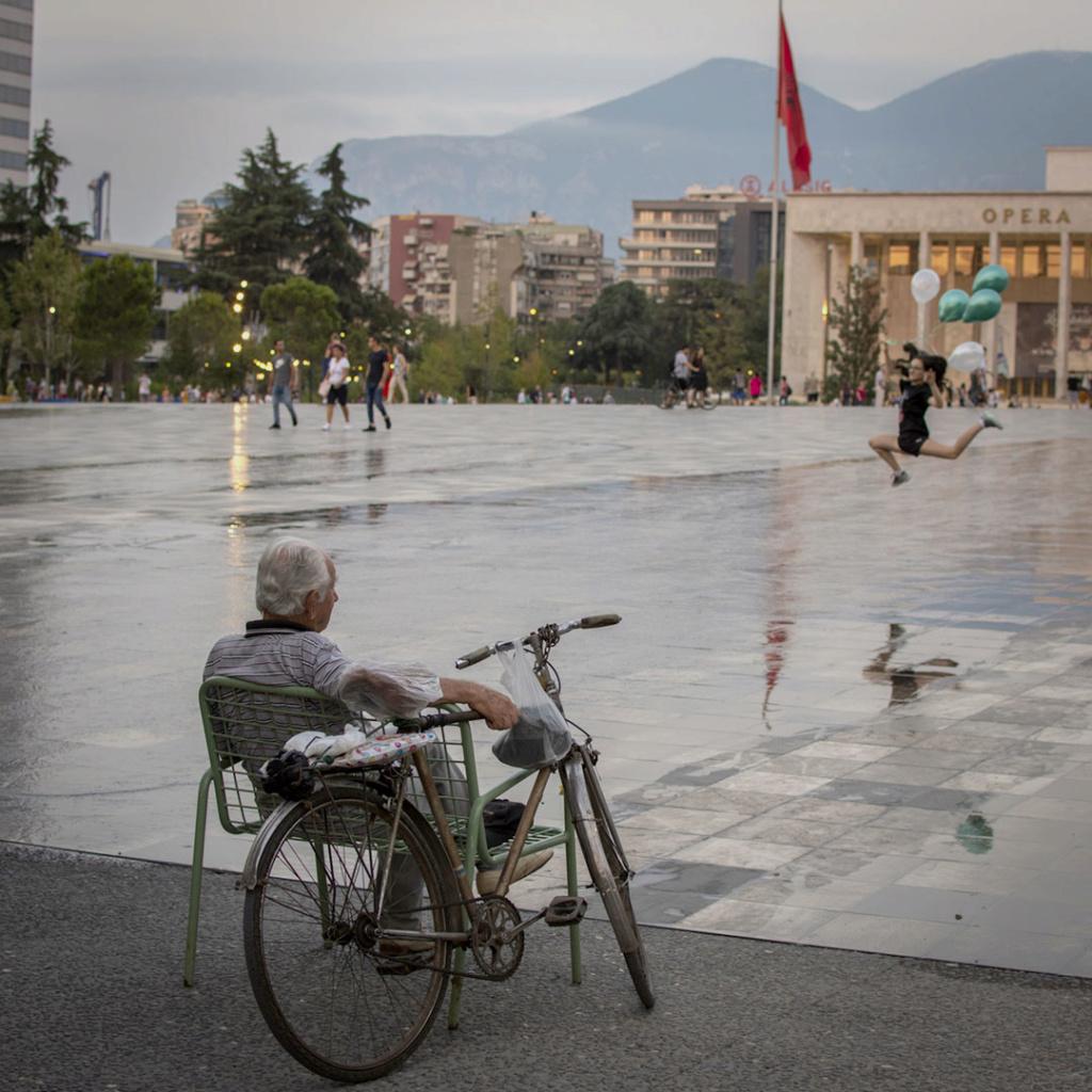 EL TOPIC DEL VIAJERO - Página 16 Tirana10