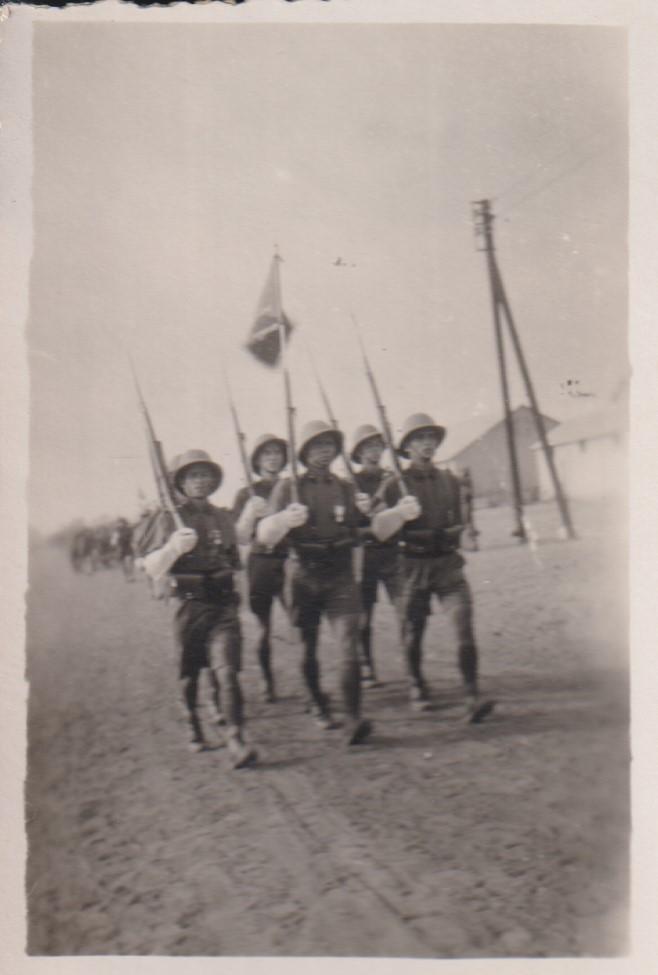 Anciens du 12ème RCA et du peloton de Lencquesaing  Numzor17