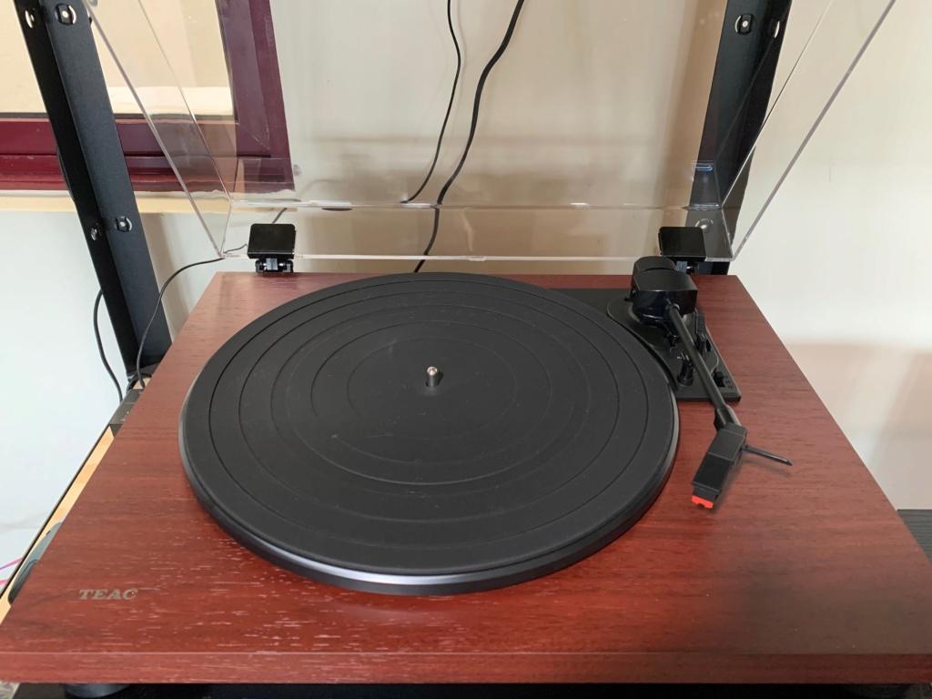 Teac TN-180BT Turntable Bluetooth MM Phono PreAmp 3-speed Vinyl Record Player Teac_610