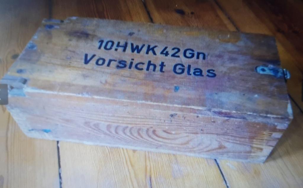 """Caisse allemande """"Vorsicht Glas"""" 20210512"""