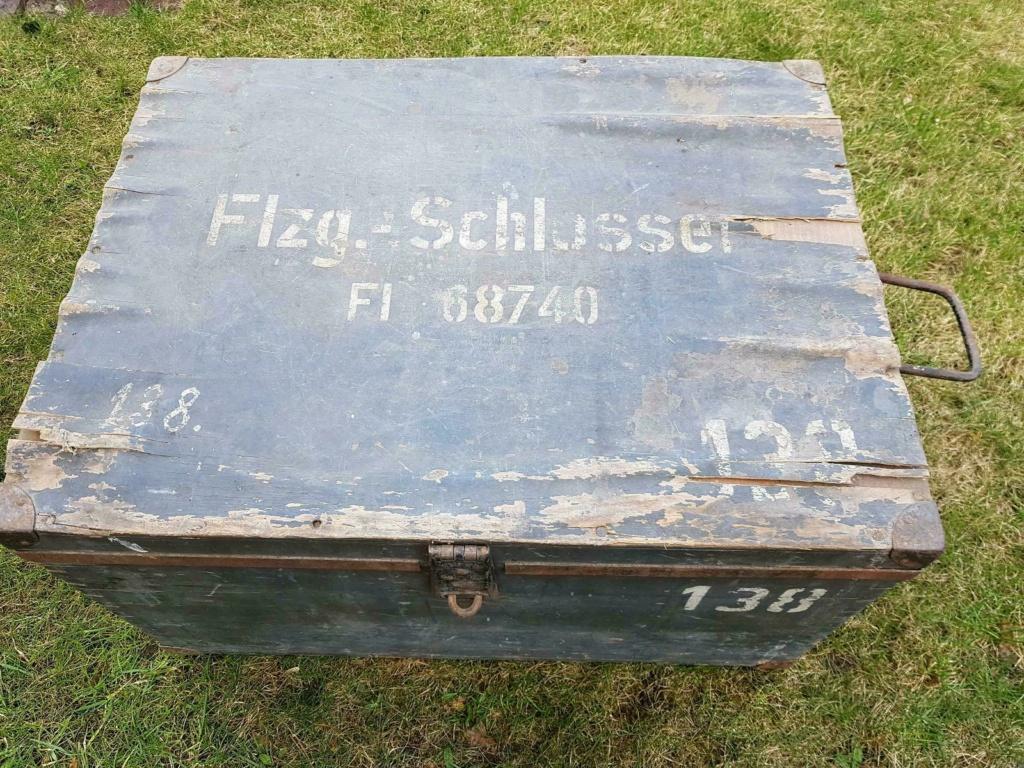 Caisses allemandes pour avions et véhicules ? F_jfif11
