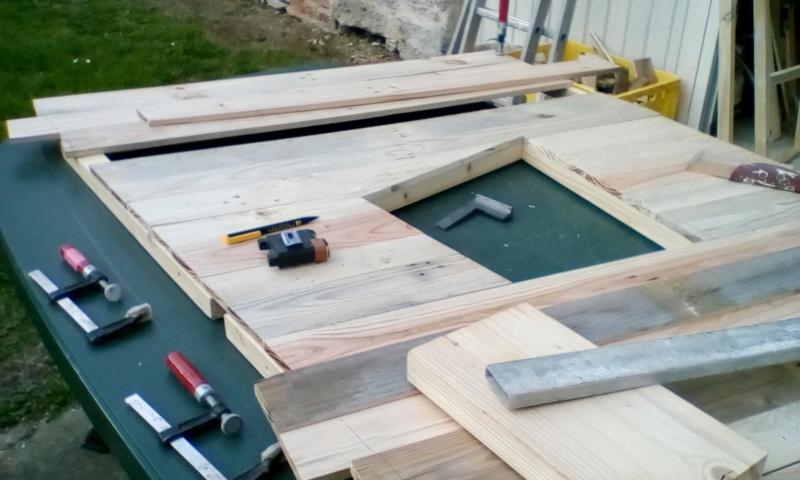 construction cabane de sorcière,  quelle colle pour bardeau bois?  Img_2025