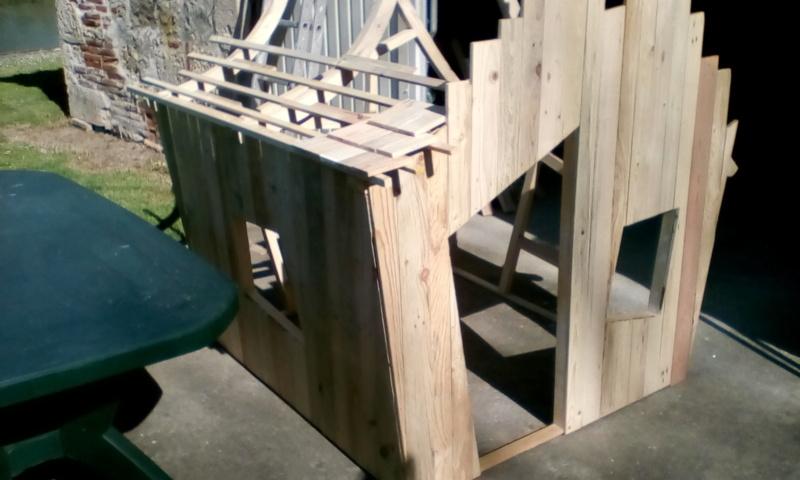 construction cabane de sorcière,  quelle colle pour bardeau bois?  Img_2028