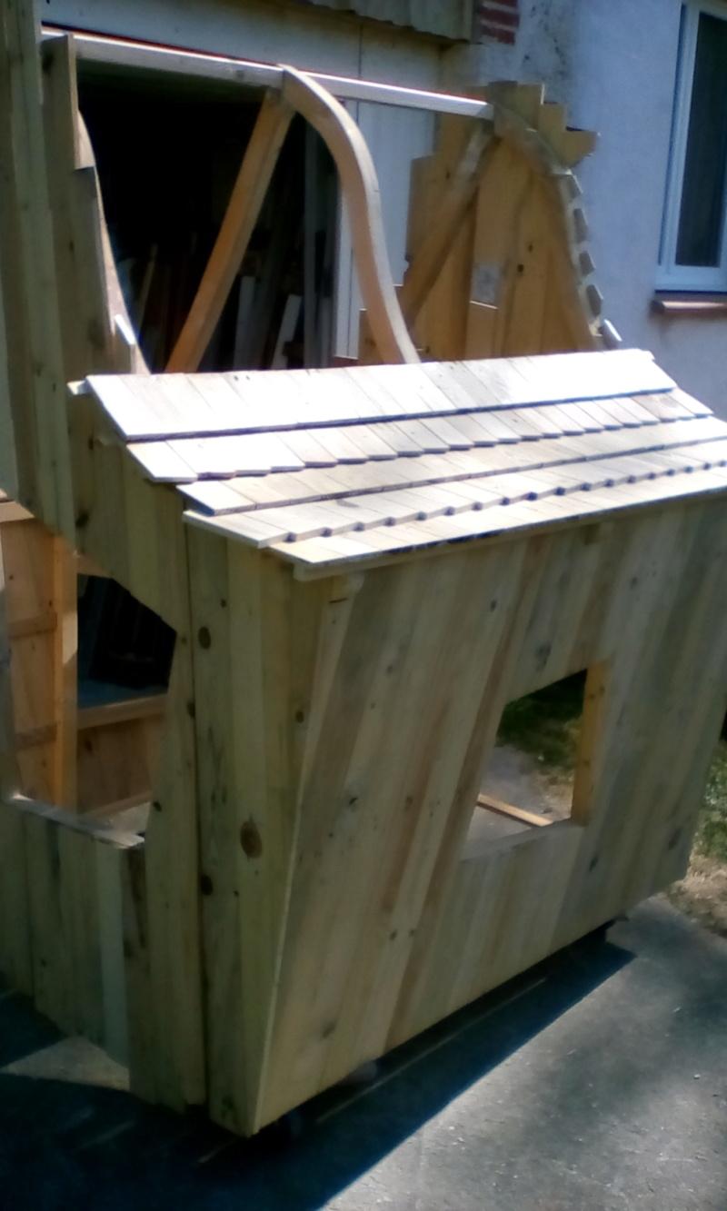 construction cabane de sorcière,  quelle colle pour bardeau bois?  - Page 2 Img_2038