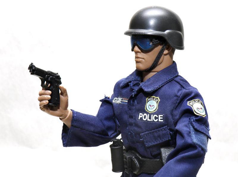 Police figure thread. - Page 2 Joepol10
