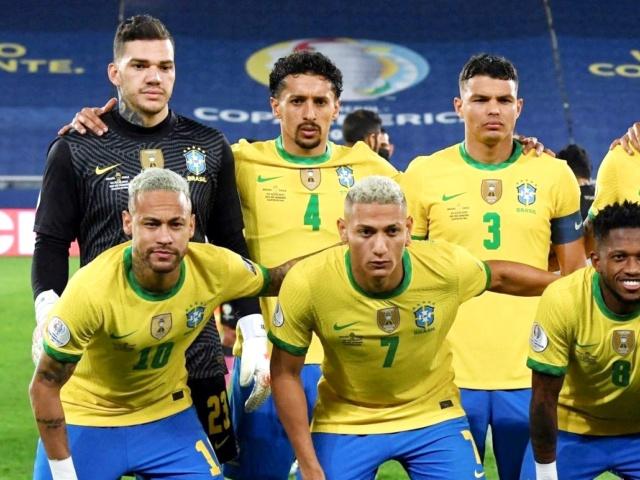 ¿Cuánto mide Thiago Silva? - Altura - Real height 20210841