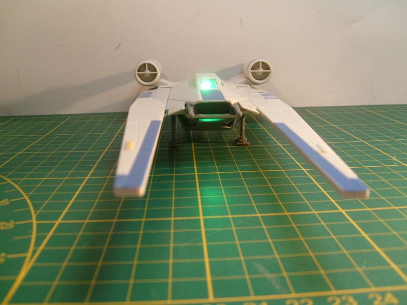 [Revell] Rebel U-Wing Fighter S7306972