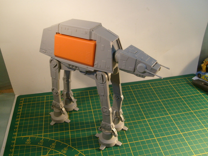 [Revell] AT-AT Rogue One au 100 eme S7307065
