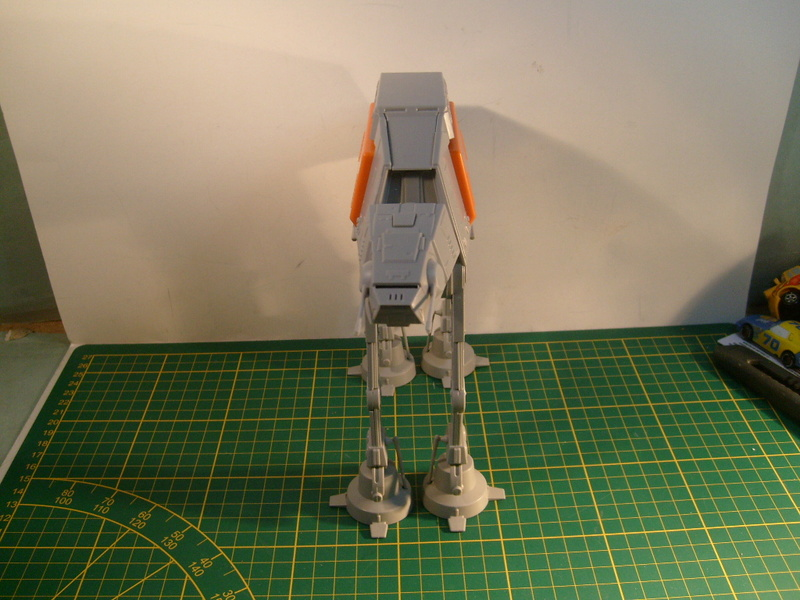 [Revell] AT-AT Rogue One au 100 eme S7307068