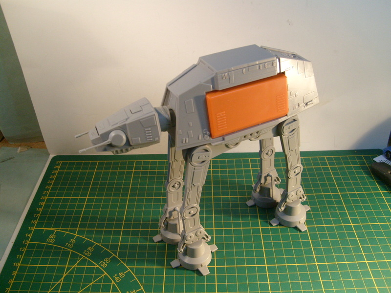 [Revell] AT-AT Rogue One au 100 eme S7307069