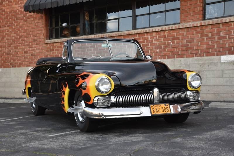 Hot Rod Célèbres : Hell's Chariot  549hel10