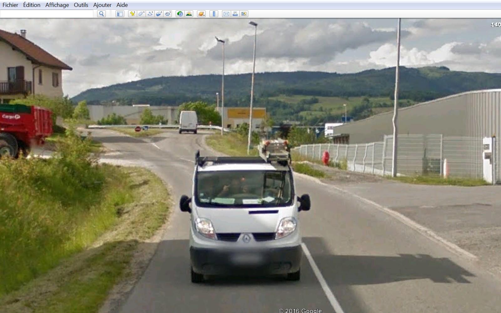 STREET VIEW : quand la Google Car attise l'obscénité - Page 2 12345610
