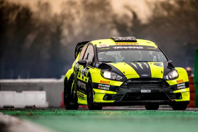 Rossi sur 4roues à MONZA gagne aussi ! Mch11210