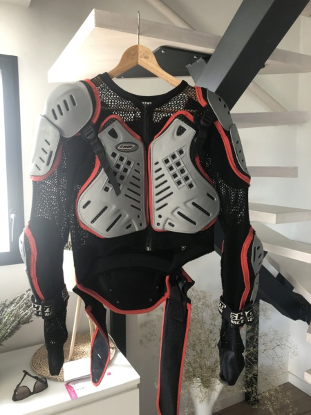 [vends] Gilet enduro taille M marque shot race Img_3410