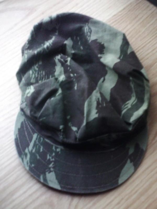 Identification casquette camouflée Sunp0110