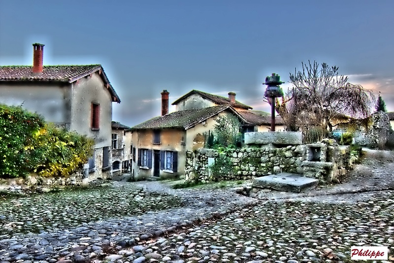 A Perouges Forum_12