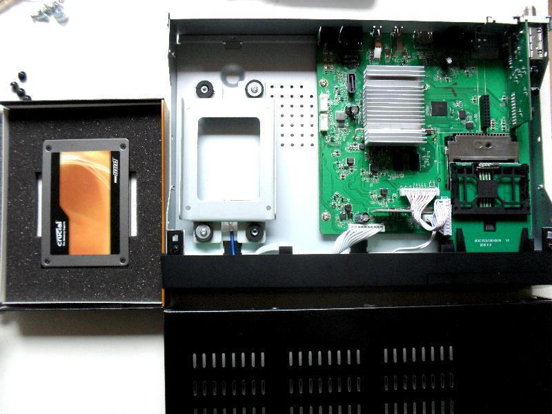 Receptoare 4K - Mut@nt 51HD acelasi cu AX HD51 4K M210