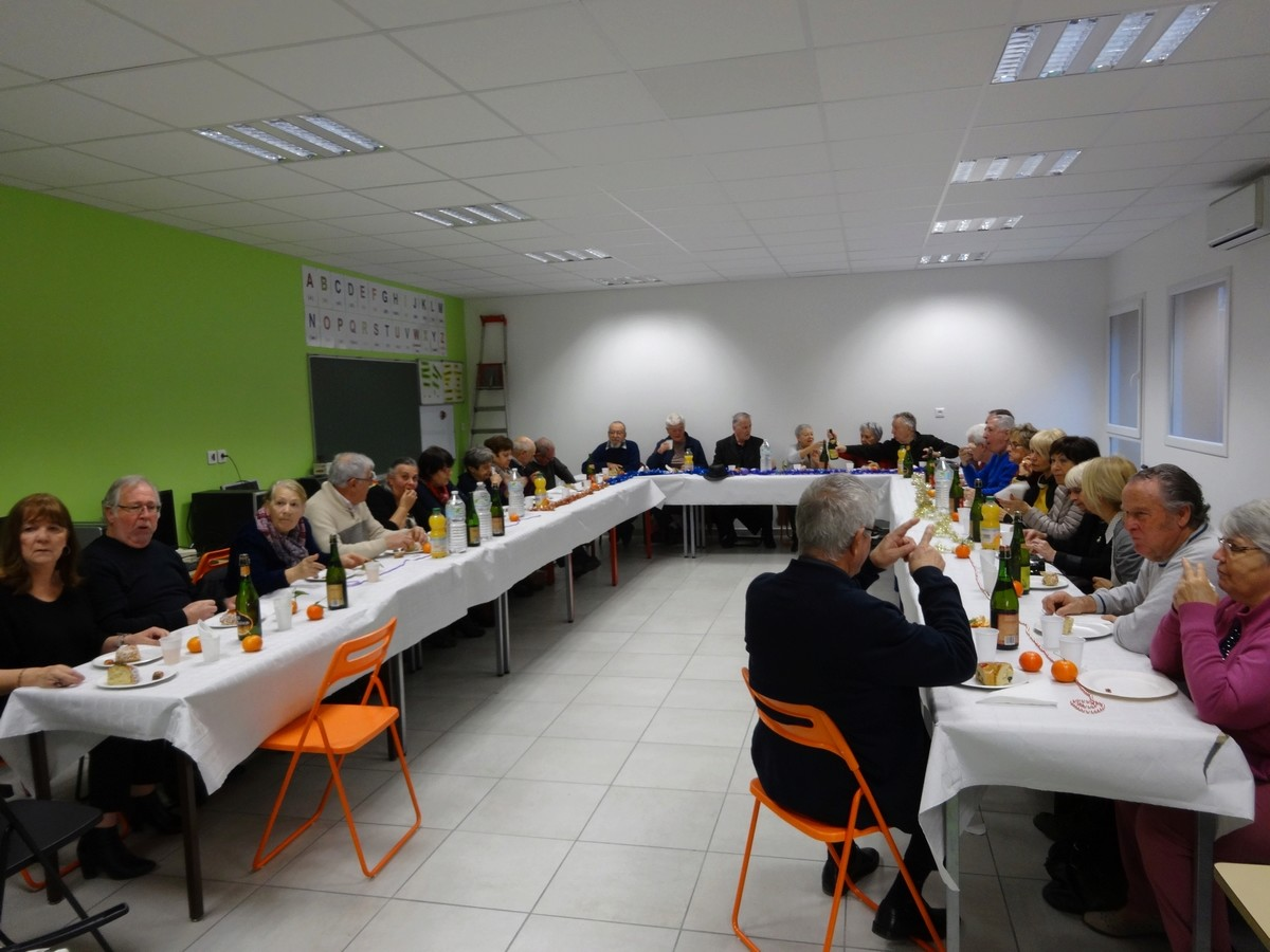 [ Associations anciens Marins ] AMMAC Nîmes-Costières - Page 10 2017_019