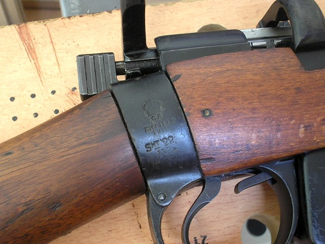 Lee Enfield n°1 Mark III calibre 22LR - Page 2 P6050010