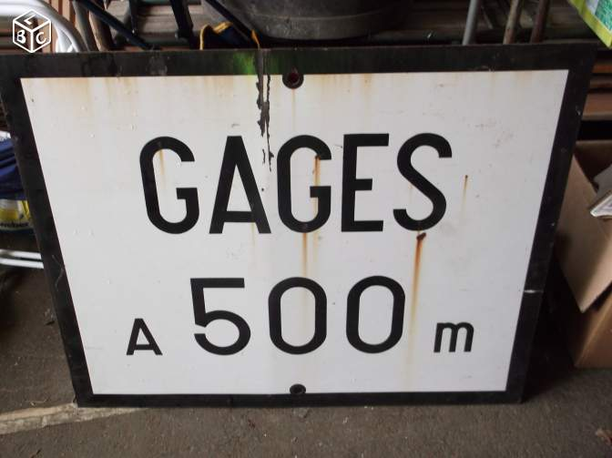 PK 613,2 : Gare de Gages (12) : Panneau Gare de GAGES à vendre.... Gages10