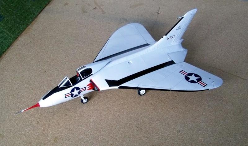[Lindberg] - Douglas XF4D-1 Skyray, prototype No 2, 1/48 Dougla13