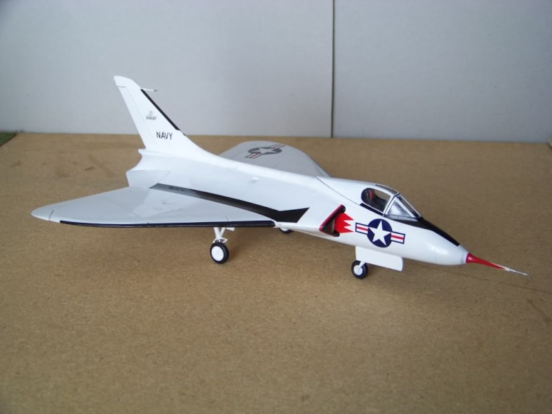[Lindberg] - Douglas XF4D-1 Skyray, prototype No 2, 1/48 Dougla14