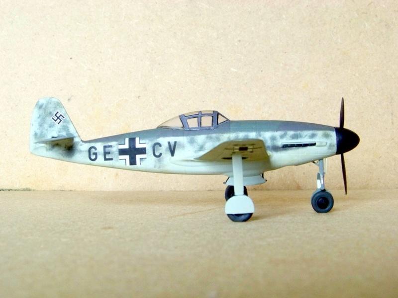 [Huma] Messerschmitt Me 309 V2 Messer80