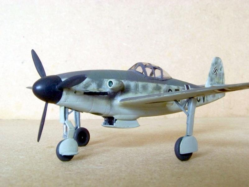 [Huma] Messerschmitt Me 309 V2 Messer81