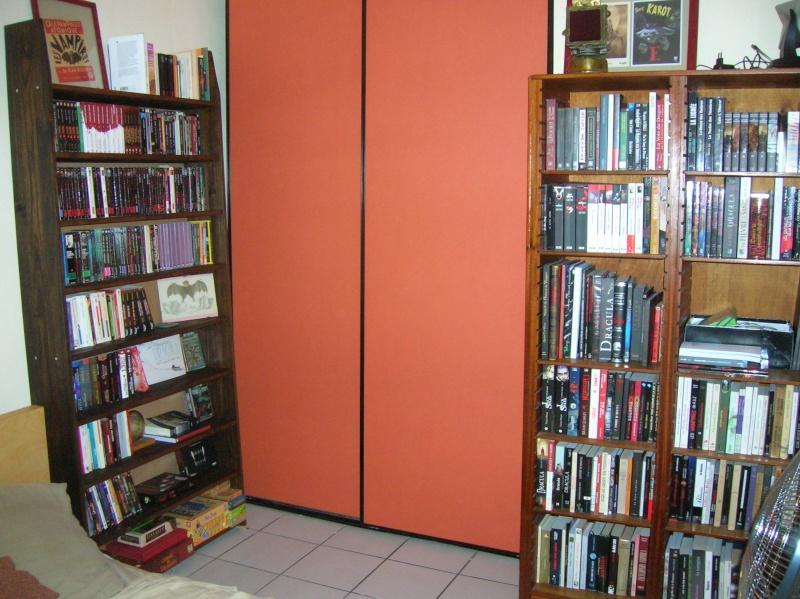 Votre bibliothèque /lieu de lecture en photo - Page 3 Dscn2410