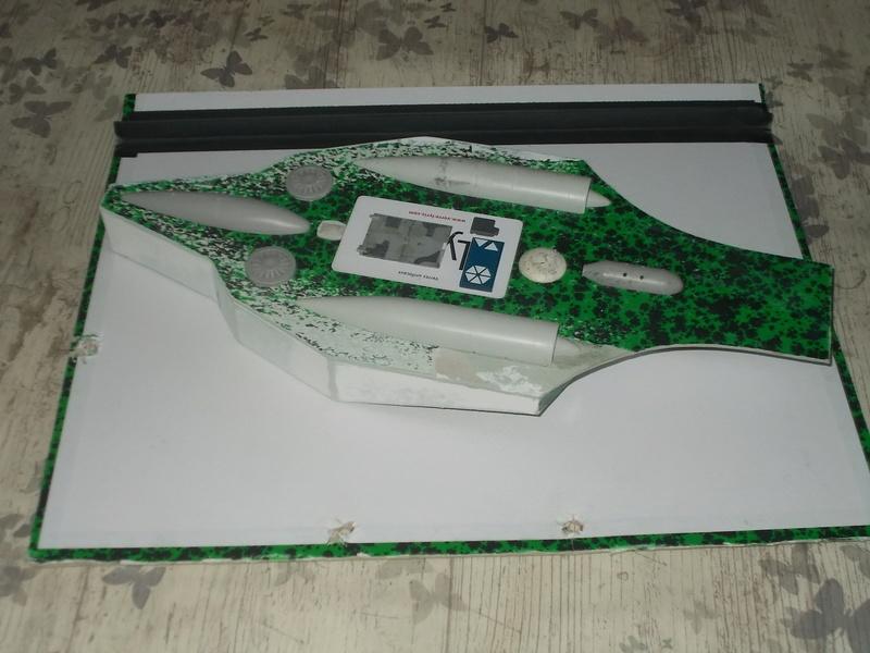 TESLA ANTIGRAV RACER Dscn5424