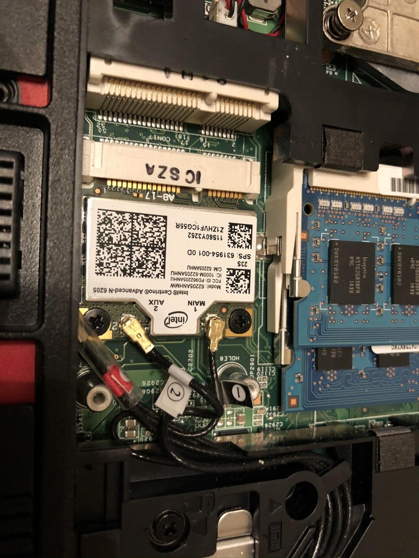 [résolu] il est la le HP PRO BOOK 6560B Img_4114