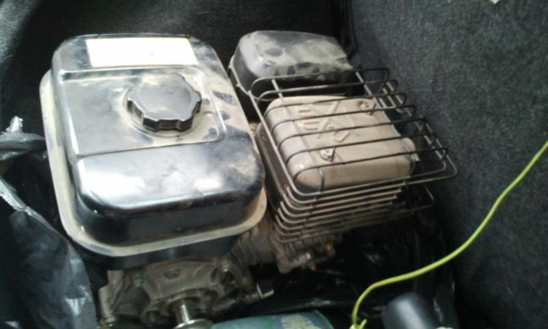 La miniature à moteur... - Page 6 Photo069