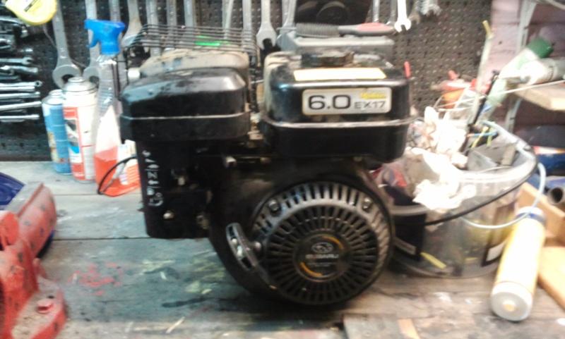 La miniature à moteur... - Page 6 Photo070