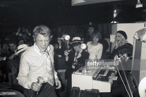 1968 JOHNNY ET SYLVIE AU PSYCHEDELIC NIGHT 16072812