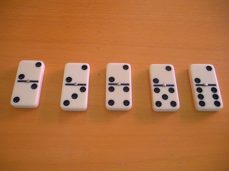 Divination par les Dominos Domino12