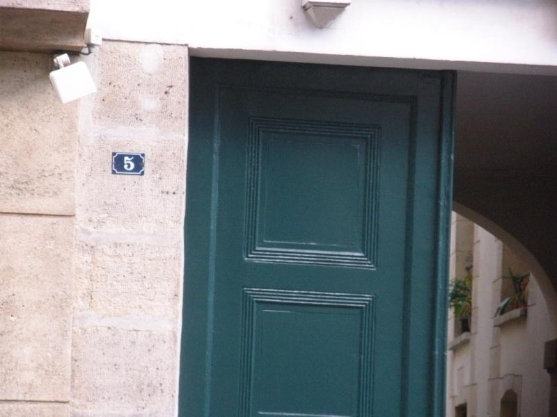 Melle Marie - Anne Adélaide Lenormand habitait au 5 rue Tournon Dscn1311