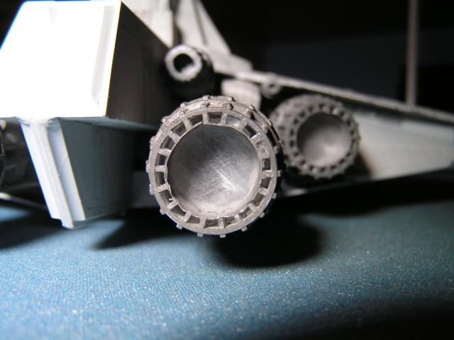 équiper une maquette de vaisseau spatial en fibre optique Pict0012